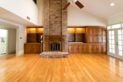 4_living room-062519-006