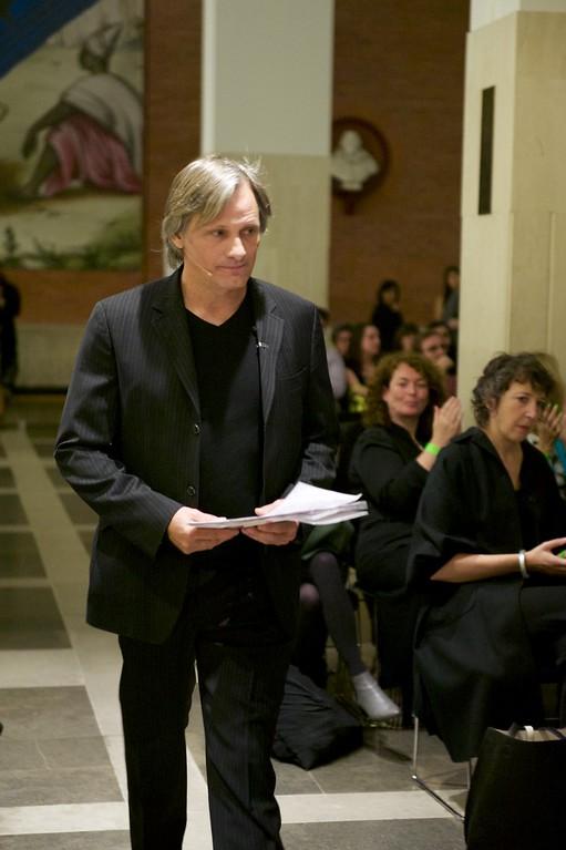 Viggo Mortensen reads TS Elliot