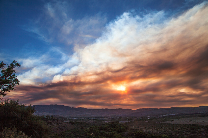 Smoke from the Doce fire near Prescott makes a dramatic sunset