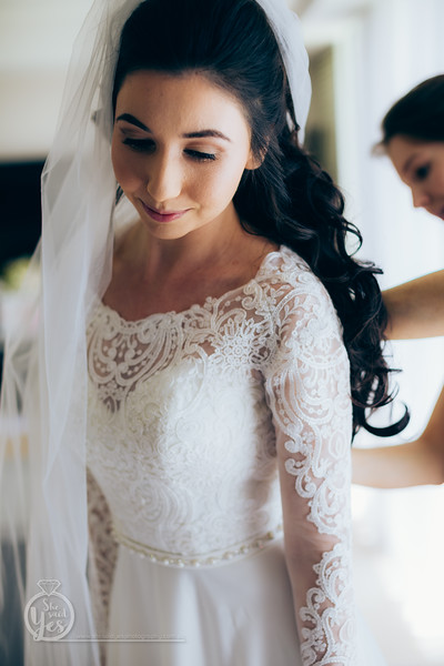 67_Bridal_Prep_M+N_She_Said_Yes_Wedding_Photography_Brisbane