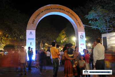 Concept preview of Pictorial Pocket Book on Mumbai City by Bombay Chamber of Commerce & Online Services (Suchit Nanda Photography).  The Kala Ghoda Arts Festival. February 2009.