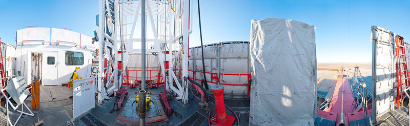 Betts_Rig1-Drill floor pano-1107b