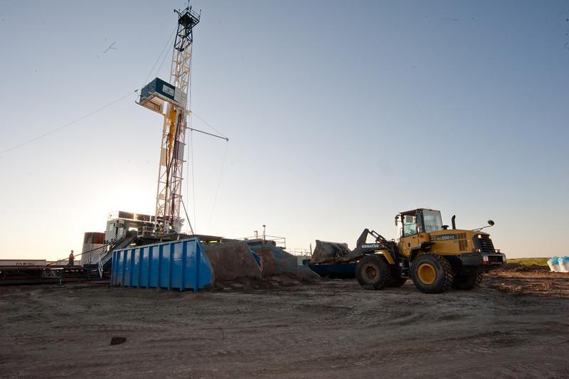 shale bin loader-0474-3