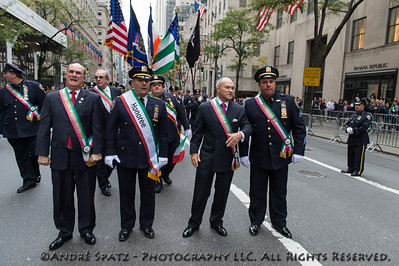 NYPD Columbia Association: Police Commissioner Ray Kelly, A. Ceserano, Joseph Esposito and other Honorees with Brooklyn Bishop DeMarzio