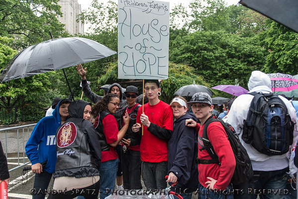 Walking at the 2013 AIDS WALK NY - The house of hope.