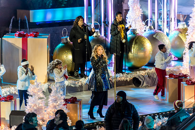 Mariah Carey at the (botched) rehersal of the 82nd Annual Rockefeller Center Christmas Tree Lighting Ceremony