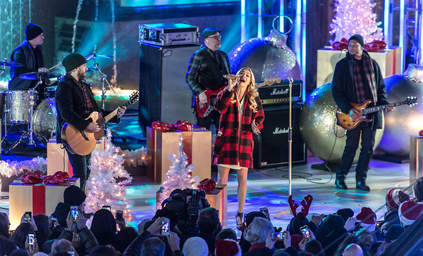 LeeAnn Rimes performs at the 82nd Annual Rockefeller Center Christmas Tree Lighting Ceremony