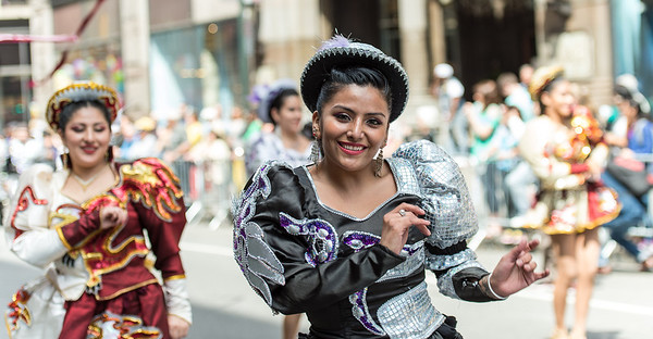 Fraternidad Folklorika y Cultural Universitarios de San Simon Bloque NY - Caporales