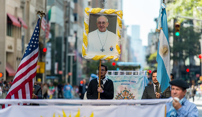 The Argentinian members of the parade celebrating Pope Francis roots.