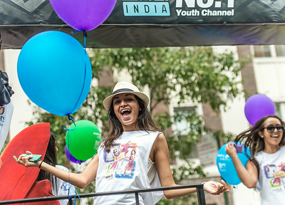 MTV India - No.1 Youth Channel. Dancing on the parade float.