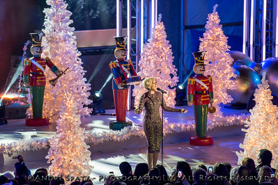 Mary J. Blige performs at the lighting ceremony for the Rockefeller Center Christmas Tree in New York City