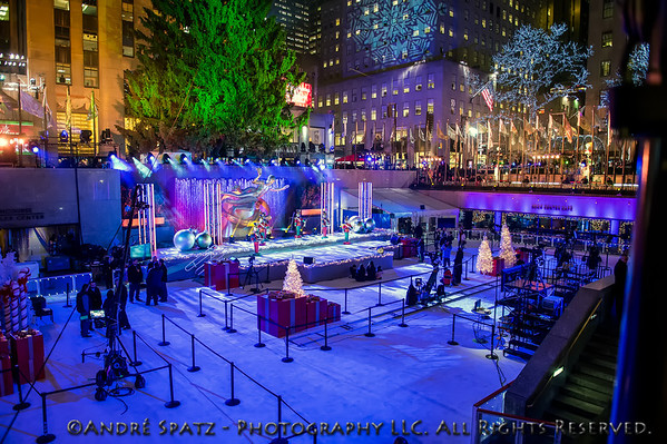 Ready for the show: The Rockefeller Center before the crowds and the tree lighting.