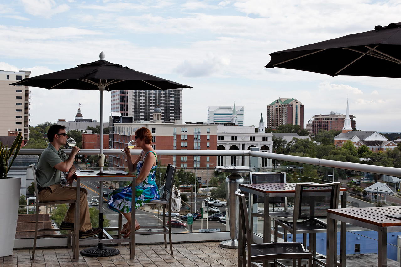 Level 8 Lounge, Hotel Duval - Tallahassee, Florida