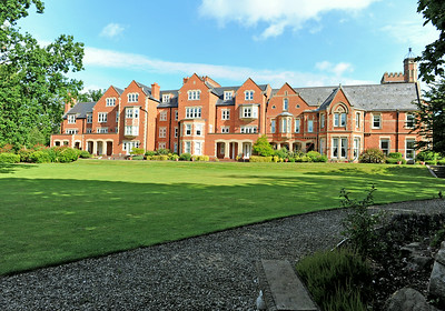 Cropped 0054_Singleton Hall 2014-07-15