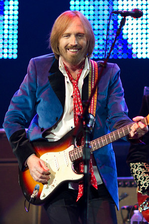 Tom Petty performing with the Heartbreakers at St. Pete Times Forum, September 16, 2010