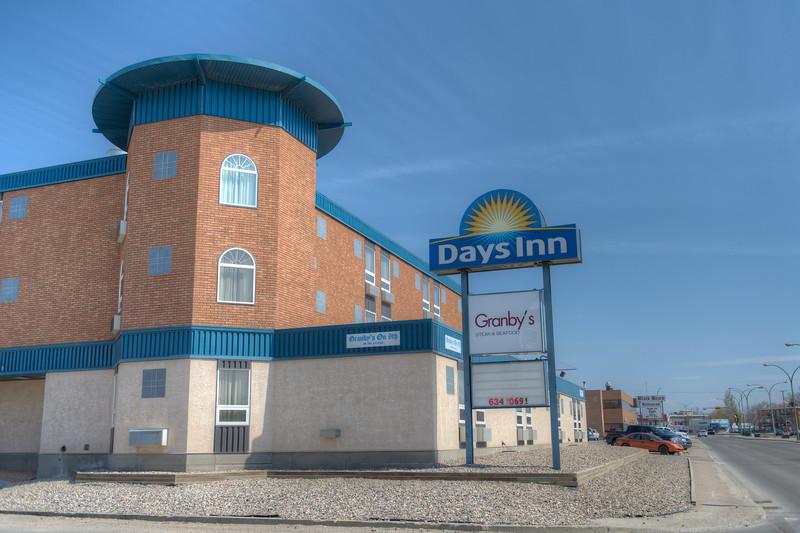 Days Inn-2177HDR