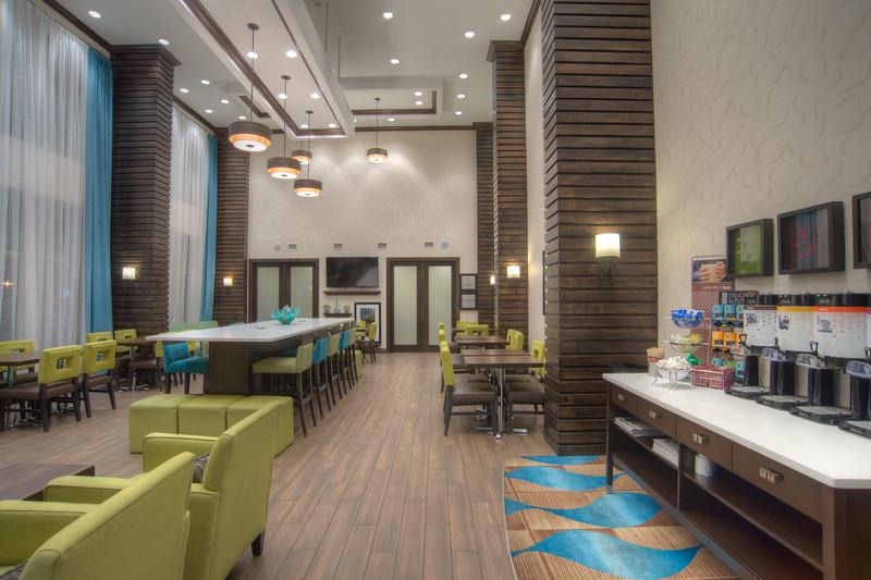 Hampton dining-0833HDR
