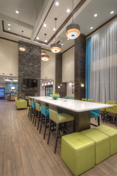 Hampton dining-0966HDR