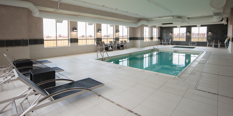Hampton pool-1600