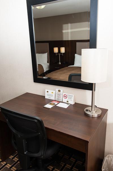 Esterhazy dbl queen suite 2QS-0439