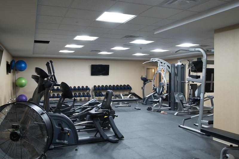 Estevan gym-2349