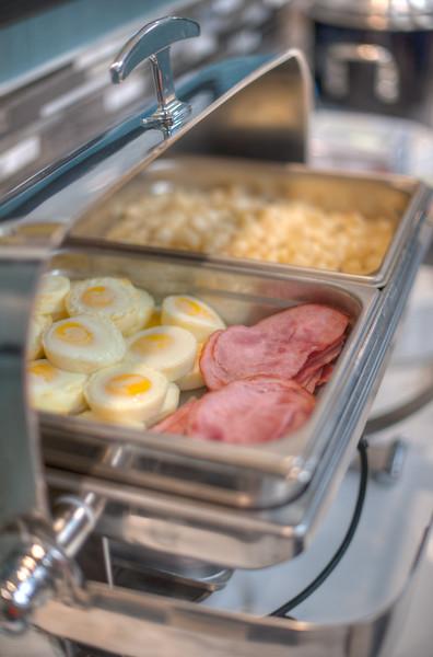 Estevan breakfast-1258HDR