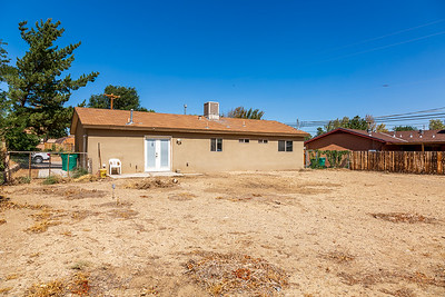 3907 Holiday Dr-10