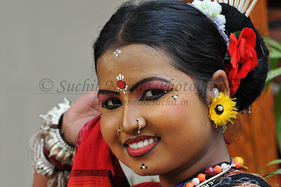 Sarita Mahanty, Orissa performed the the Sambhalpuri dance. Artists at the Suraj Kund Mela 2008, Haryana, North India. The Suraj Kund Mela is an annual fair held near Delhi. Folk dances, handicrafts and a lot of fun.