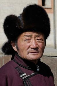 Portraits of a few local Mongolians.