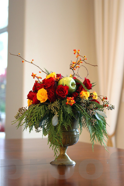 Arrangement in vase (vertical)