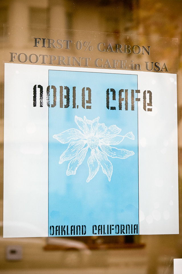 Noble_Cafe_11282011_25