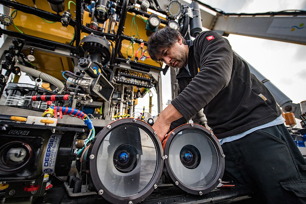 ROV Pilot James Cooper working on the stereoscopic 3D imaging system before a dive on Hydrate Ridge.
