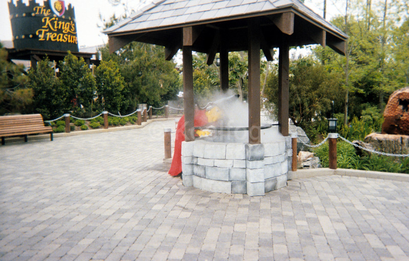 Legoland Cauldron