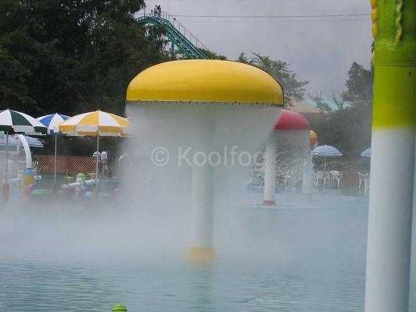 Fog Umbrella in Water Park