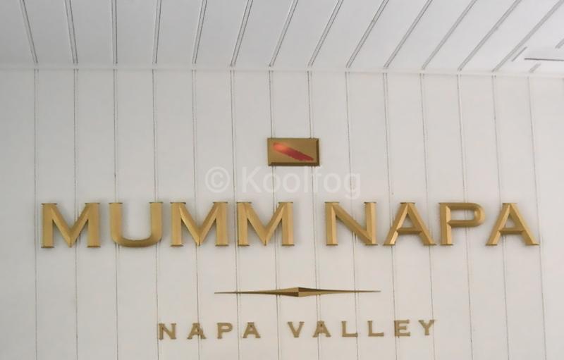 Mumm Sign