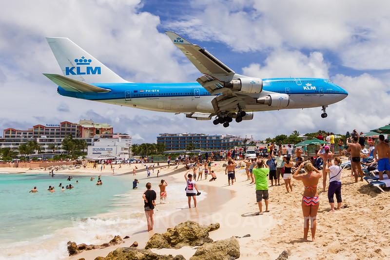 KLM 747-400 - PH-BFN - SXM