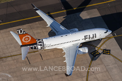 Fiji Airways 737-700 - DQ-FJF - SYD