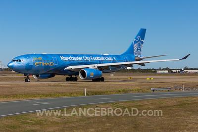 Etihad A330-200 - A6-EYE - BNE