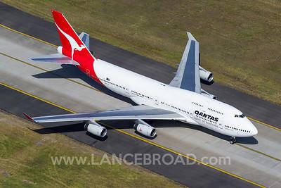 Qantas 747-400 - VH-OJL - SYD