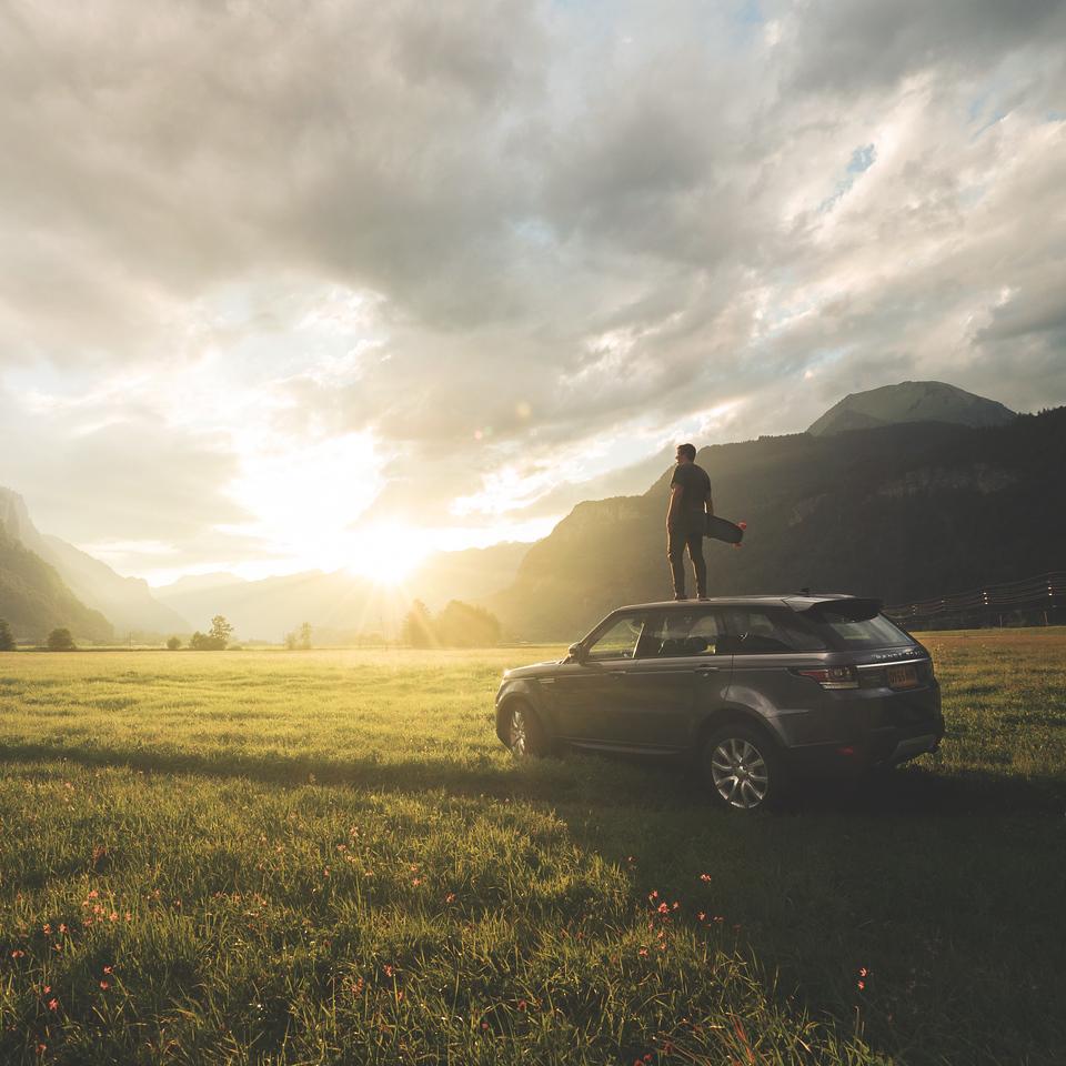 LAND ROVER-Swiss Alps