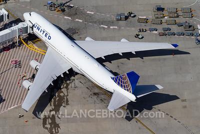 United 747-400 - N105UA - SYD
