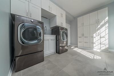 Laundry Room, Ontario