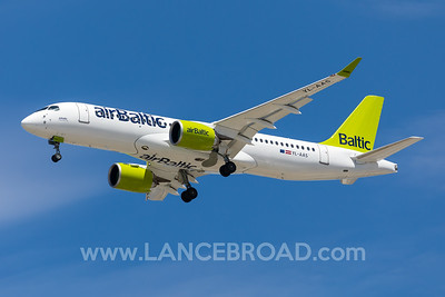 AirBaltic A220-300 - YL-AAS - BNE