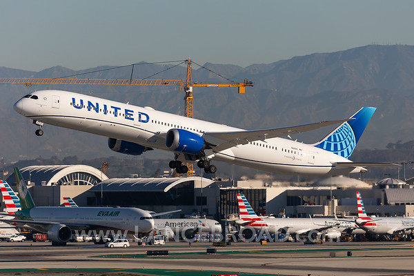 United 787-10 - N12010 - LAX