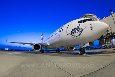 Virgin Australia 737-800 - VH-VUE - BNE