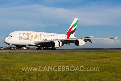 Emirates A380-800 - A6-EDY - BNE