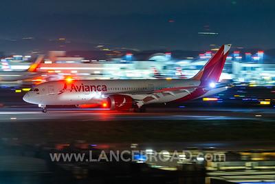 Avianca 787-8 - N782AV - LAX