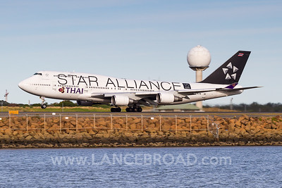 Thai Airways 747-400 - HS-TGW - SYD