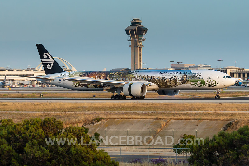 Air New Zealand 777-300ER - ZK-OKP - LAX