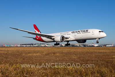 Qantas 787-9 - VH-ZNB - BNE